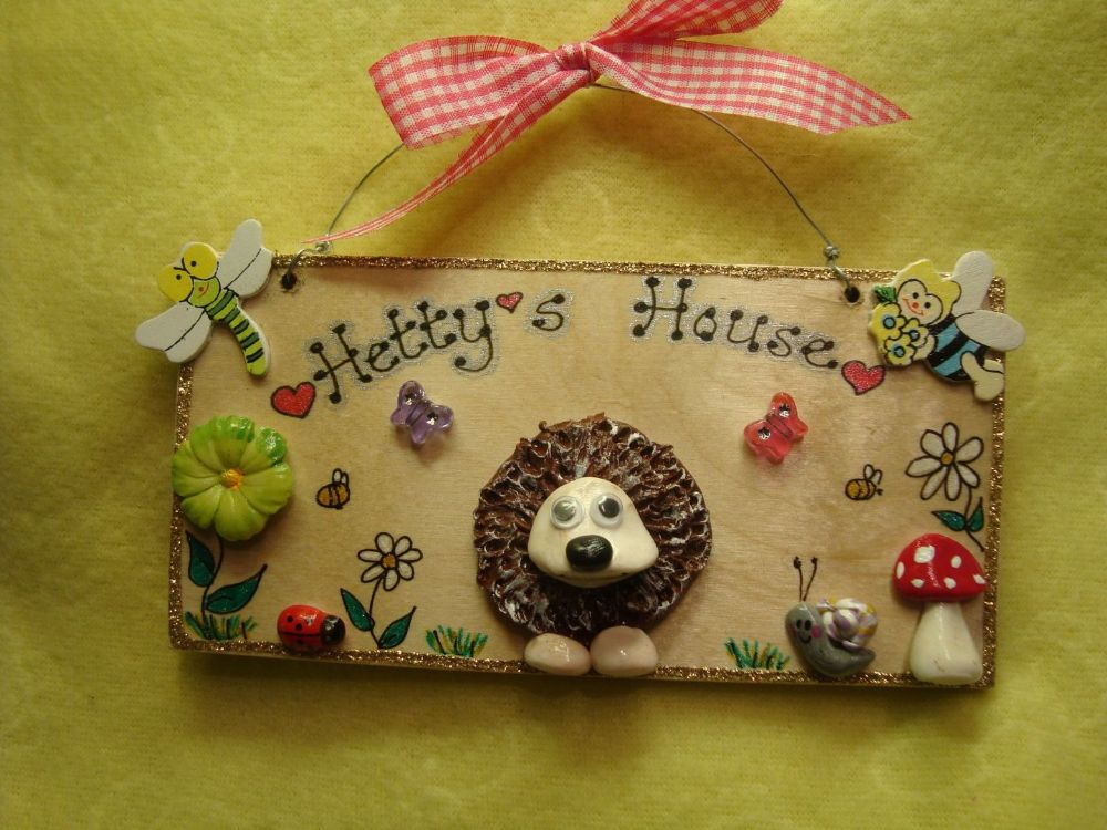 Personalised Wooden Hedgehog Sign Plaque Bedroom Vivarium